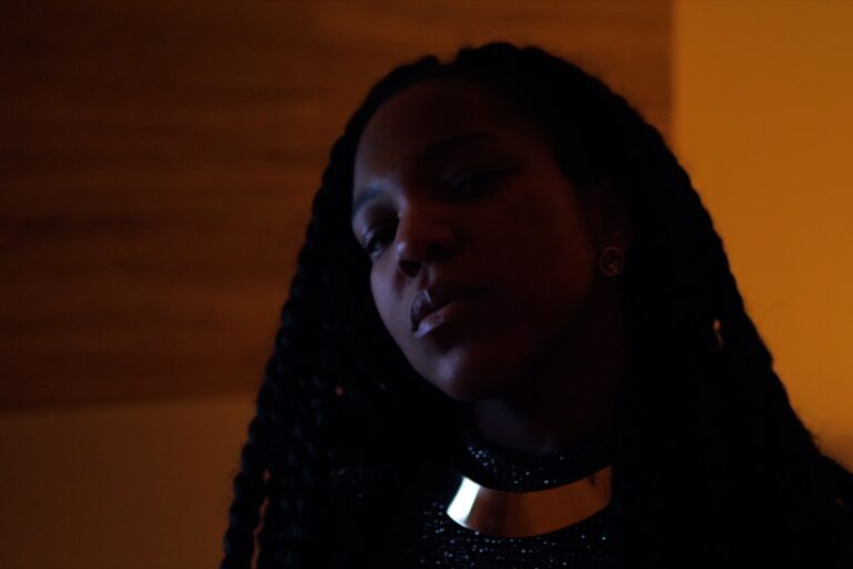 "Noire Velours Unveils Her Confident Approach To Life On ""Full Of Myself"""