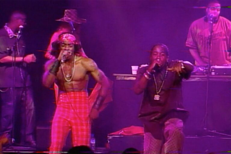 "OutKast Perform ""Ms. Jackson"" in Previously Unreleased Footage From 2000: Watch"