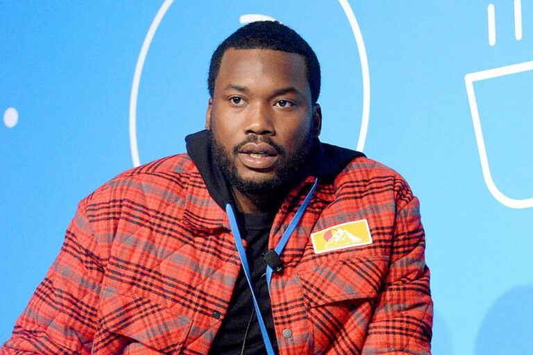 Meek Mill Deactivates His Social Media Accounts After Offering Philly Artists Deals If They Stop Beefing
